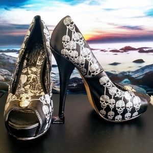 Iron Fist Skull Stiletto Hells